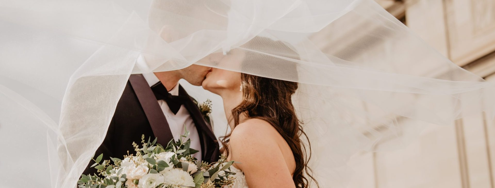 Wedding Veil Kiss